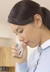 アラミスト点鼻薬の使い方(成人)