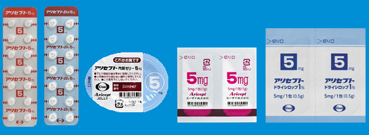 左から、アリセプト錠剤、アリセプトD剤、アリセプト内服ゼリー、アリセプト細粒、アリセプトドライシロップ