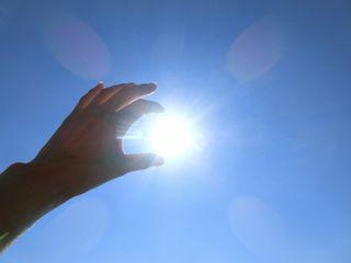 sun-hand